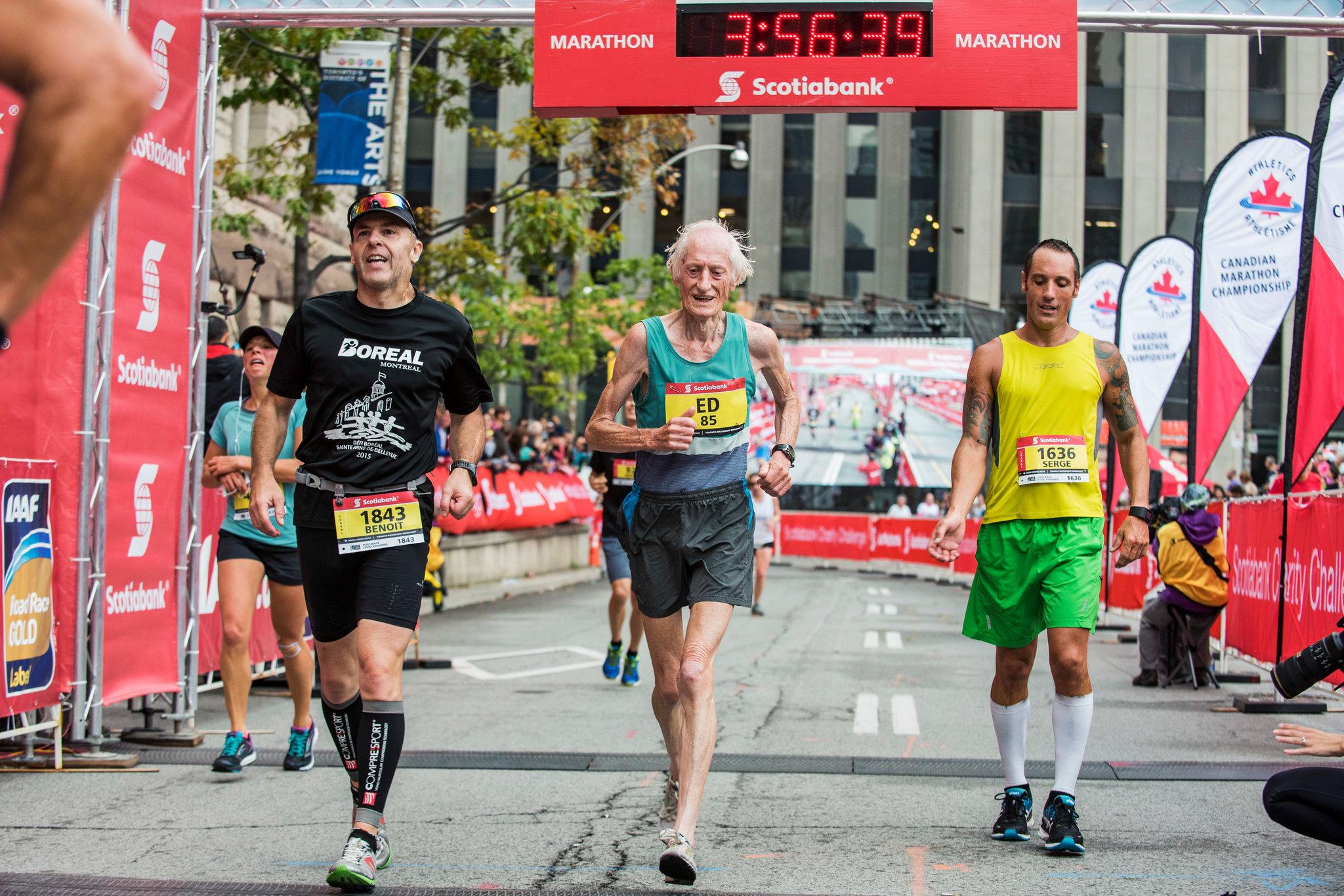Il Maratoneta Calendario.Ed Whitlock Storia Di Un Maratoneta Ultraottantenne